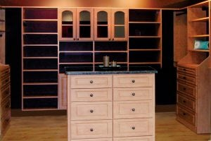 Organize Your Closet, Simplify Your Life